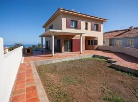 Casa di nuova costruzione in Puerto de la Cruz - Casa Azul