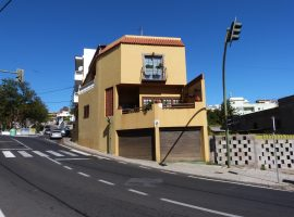 Haus in El Sobradillo - La Laguna