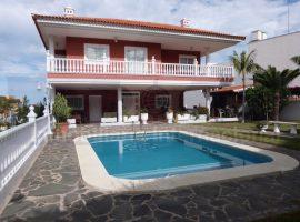 Villa in Puerto de la Cruz - Las Arenas