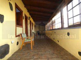 Casa terrera en Los Realejos - Icod El Alto